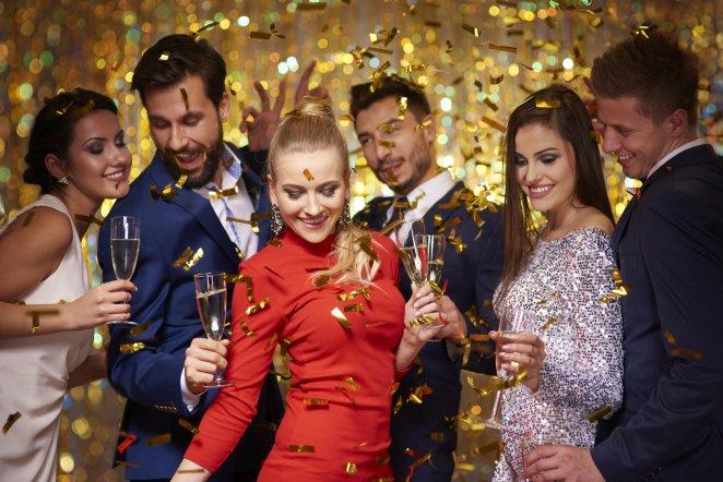 Silvester feiern mit lustigen Partyspielen